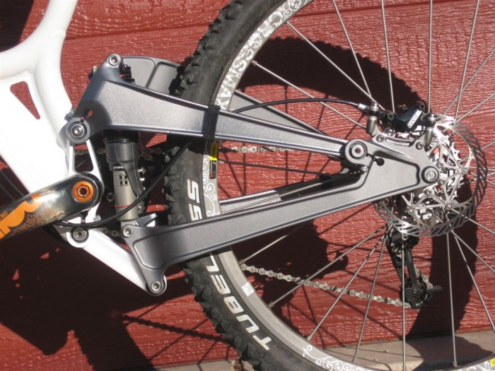 Solstice Suspension Frame Detail